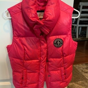 Abercrombie and Fitch Small pink puffer vest